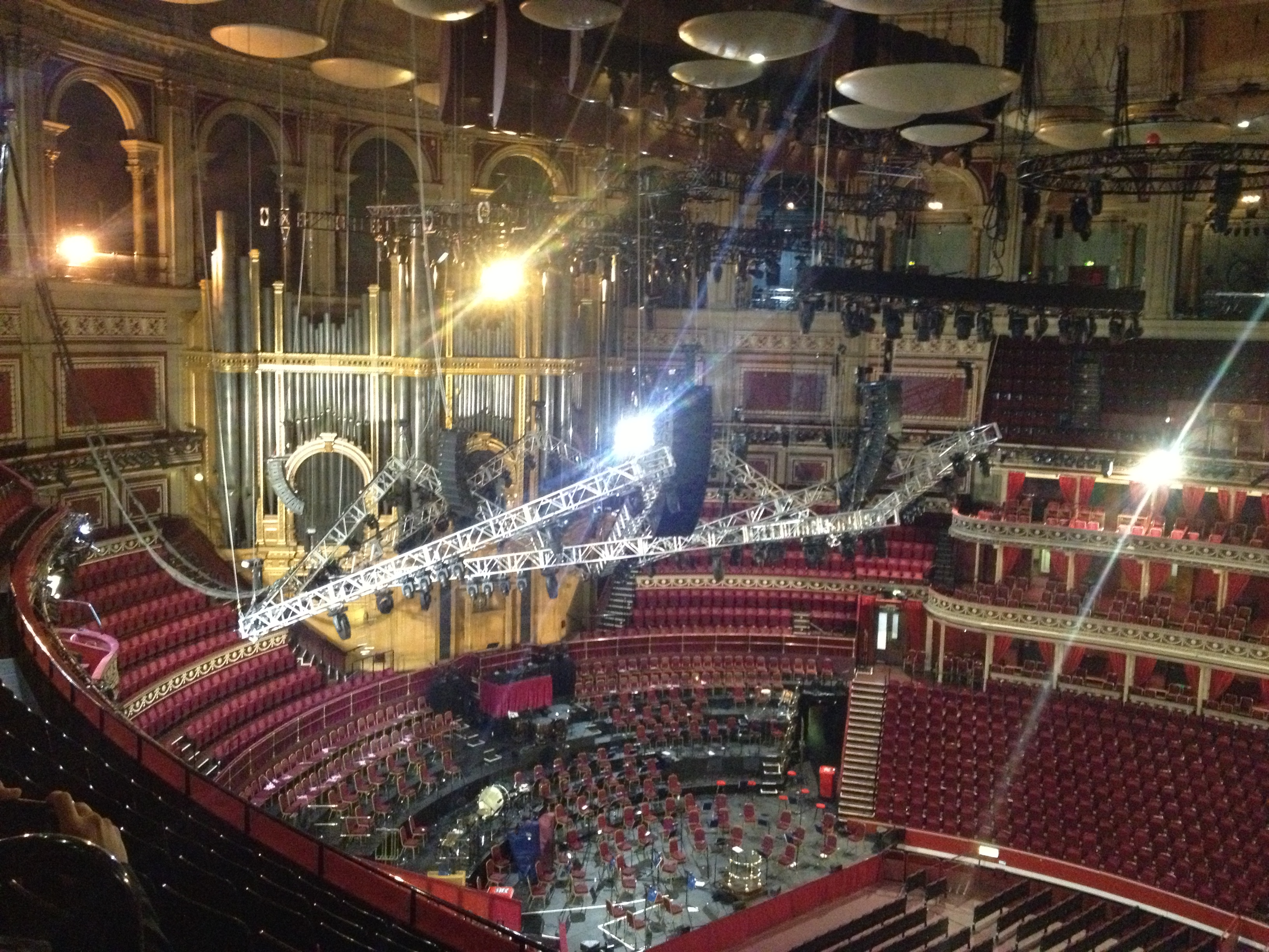 Visiter londres le royal albert hall et kensington gardens for Door 12 royal albert hall