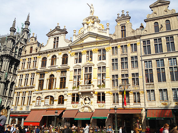 facade-grand-place-bruxelles