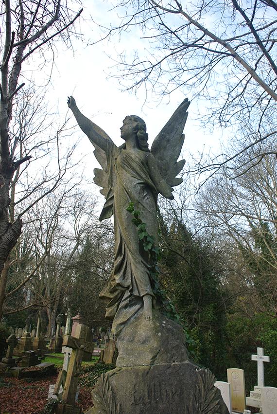 cimetiere-highgate-statue
