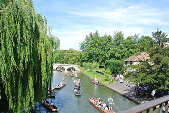 cambridge-riviere-bateau