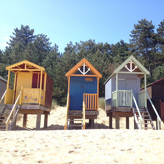 cute-beach-huts-wells