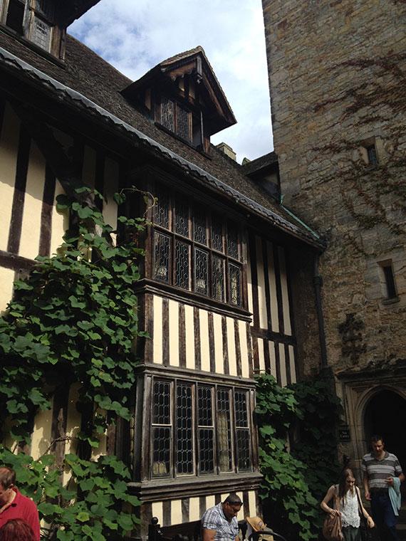 chateau-de-hever-cour-interieure