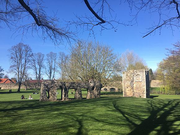 bury-st-edmunds-abbaye1