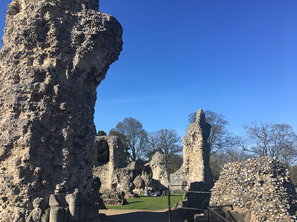 ruines-abbaye-st-edmunds