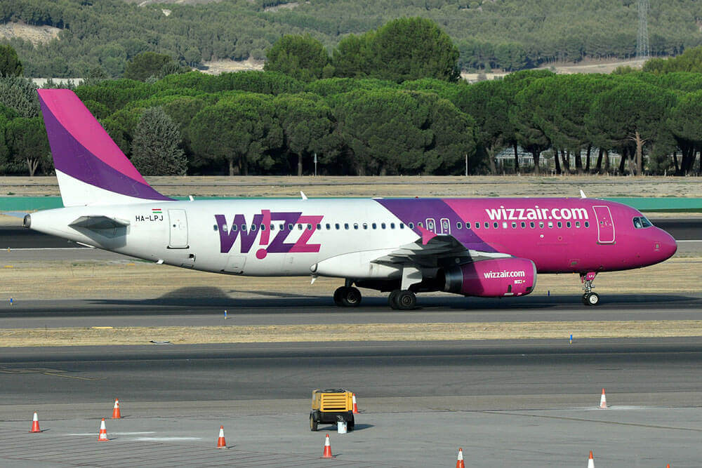 avion-wizzair-roumanie