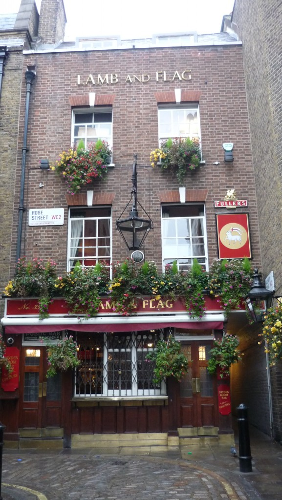 Londres insolite - the lamb and flag