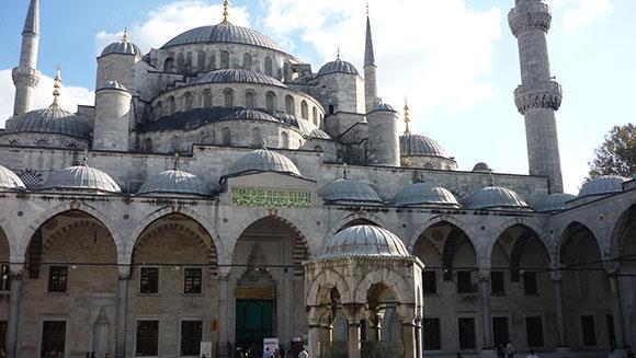 facade-mosquee-bleue-istanbul