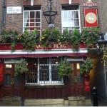 Les passages secrets de Covent Garden: Lazenby Court et le Lamb and Flag