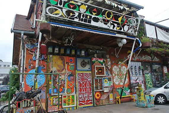 facades-colorees-metelkova