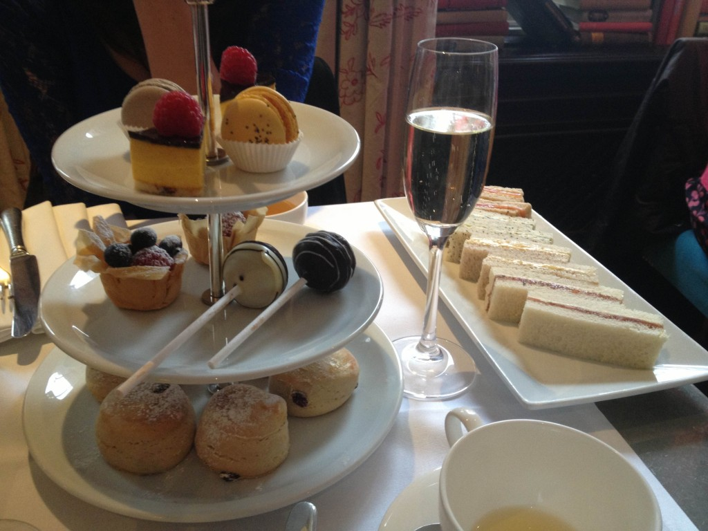 afternoon tea a londres