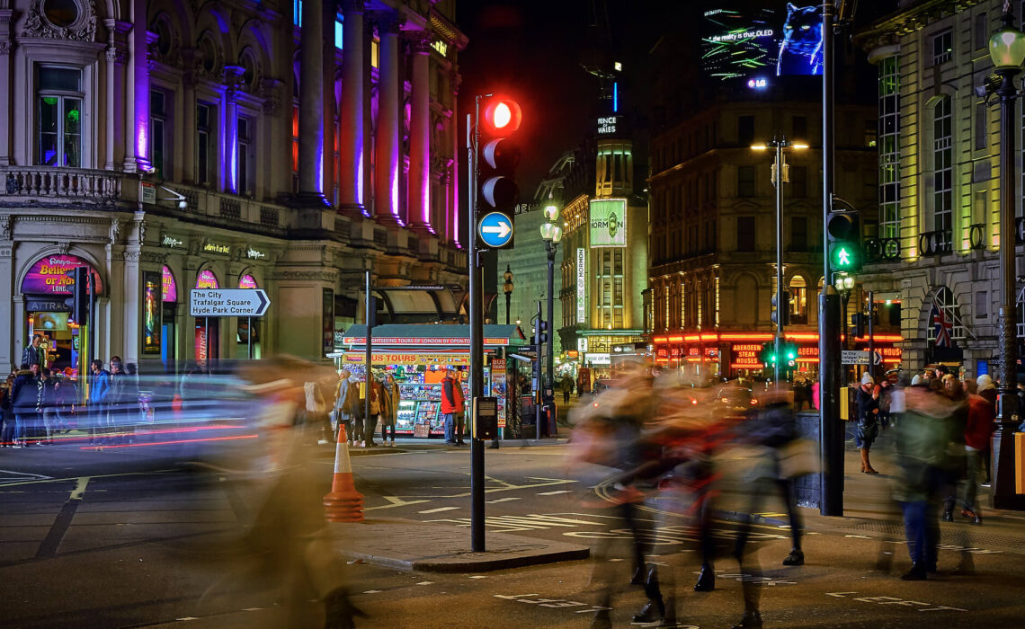 londres-picadilly-la-nuit