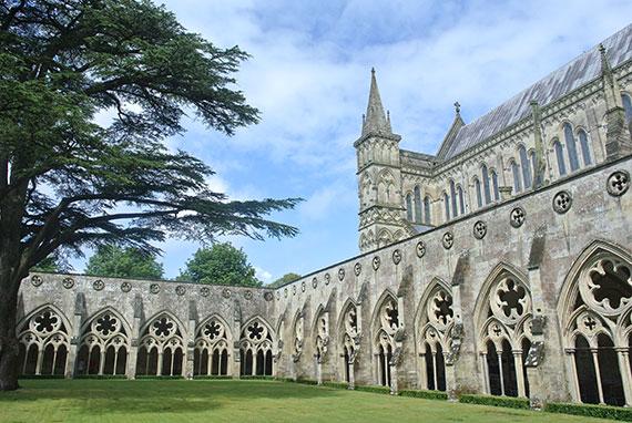 cathedrale-de-salisbury
