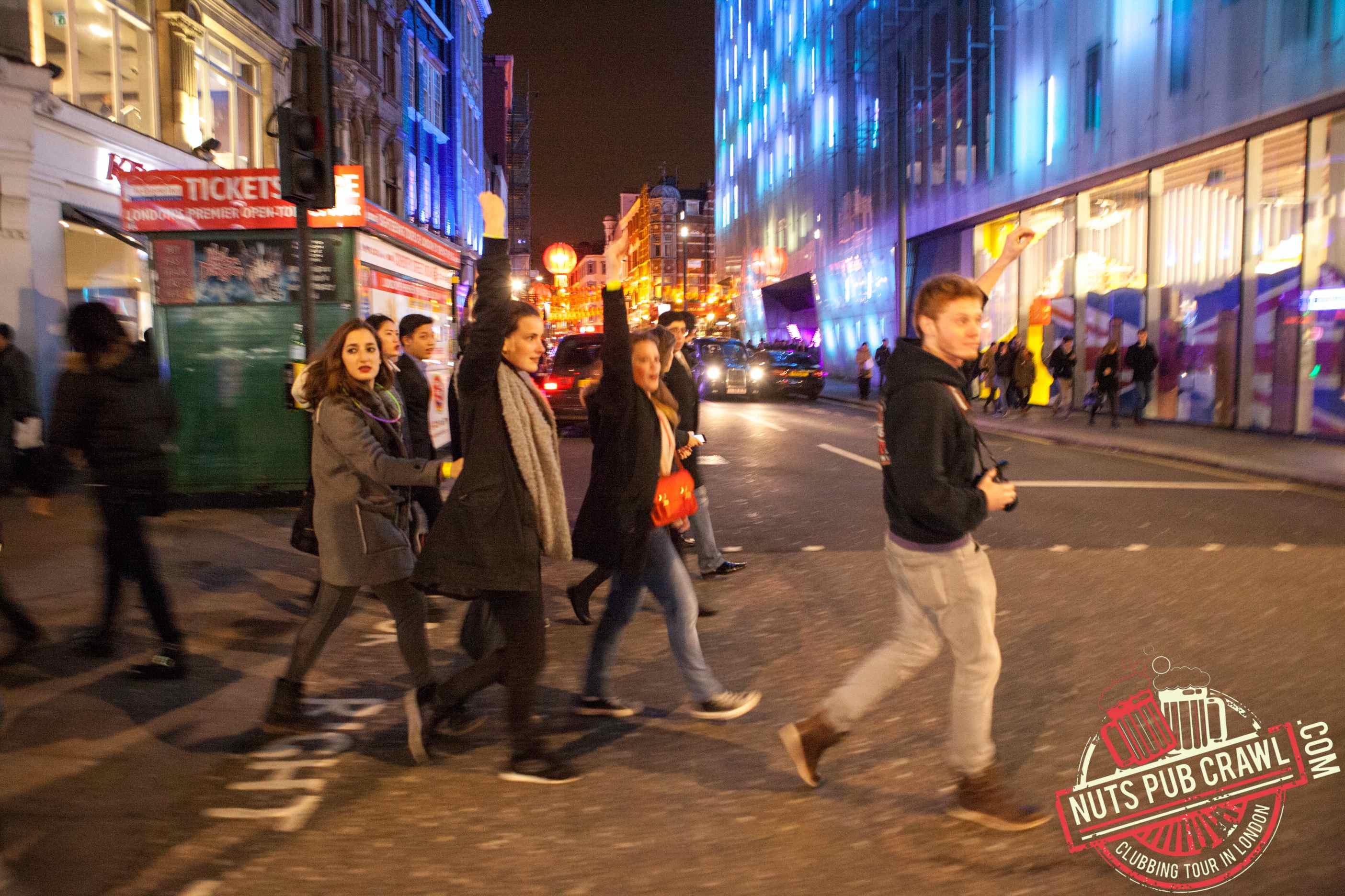 nuts pub crawl à Londres