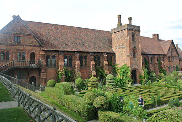 hatfield-house-jardin