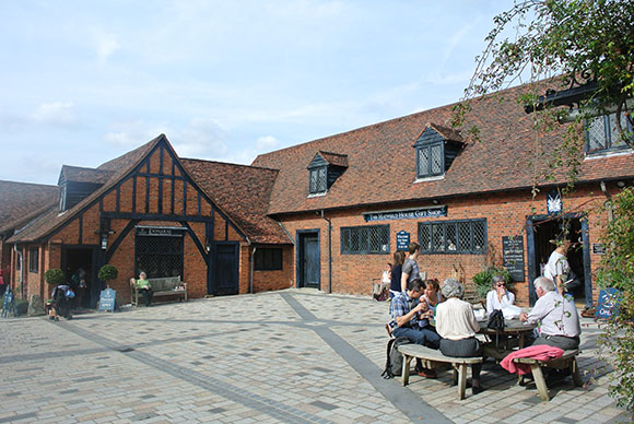 manger-a-hatfield-house
