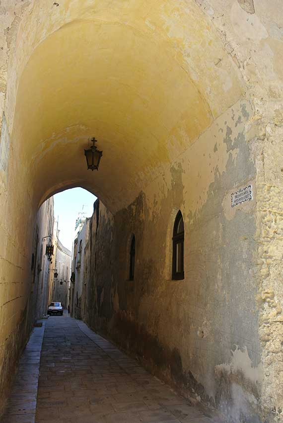 couloir-mdina-malte