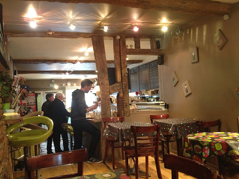 interieur-coffee-crepe-rennes