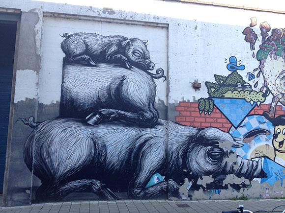three-pigs-roa-gent