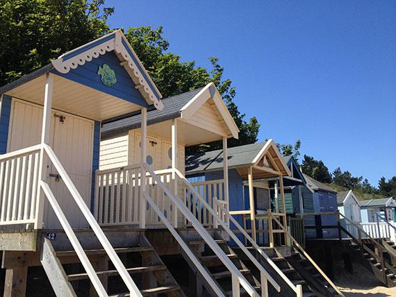 blue-beach-hut-wells