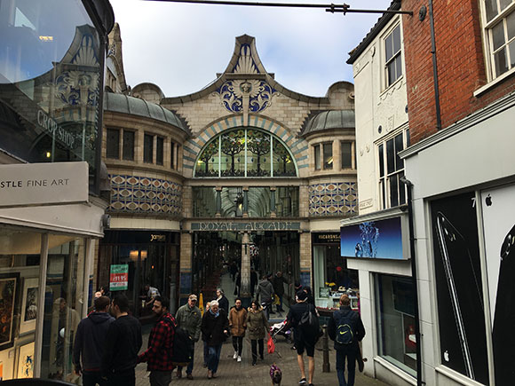 entree-royal-arcades