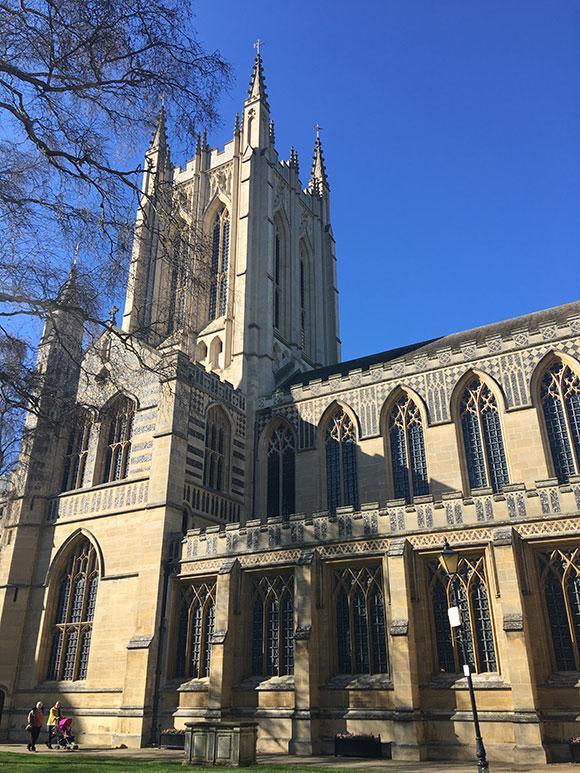 bury-cathedrale