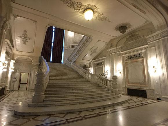 escalier-avec-objectif