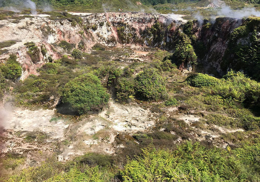 cover-taupo-craters