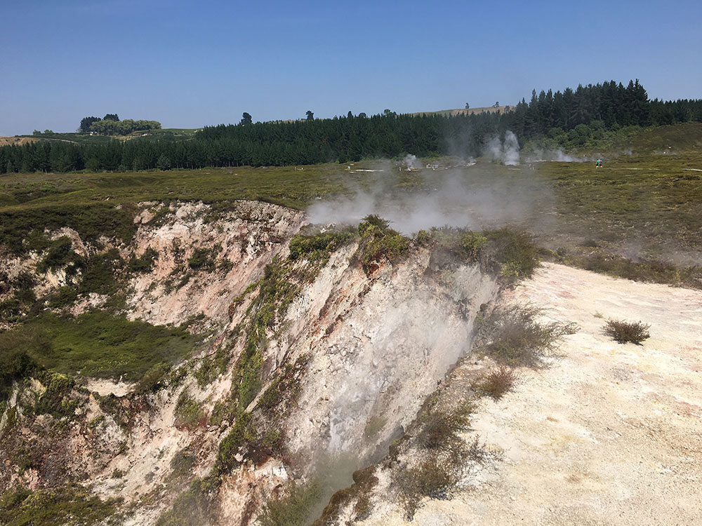 taupo-craters