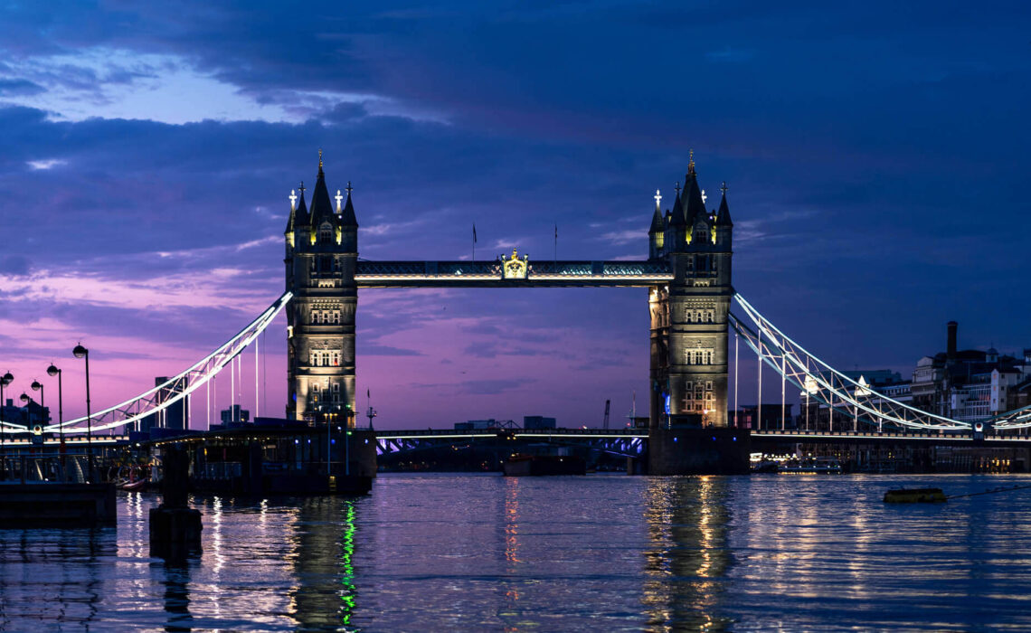 tower-bridge-londres-la-nuit